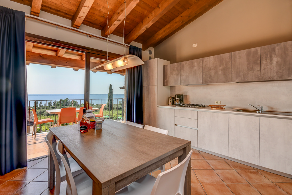 lake garda apartment with 1,2,3 ???????